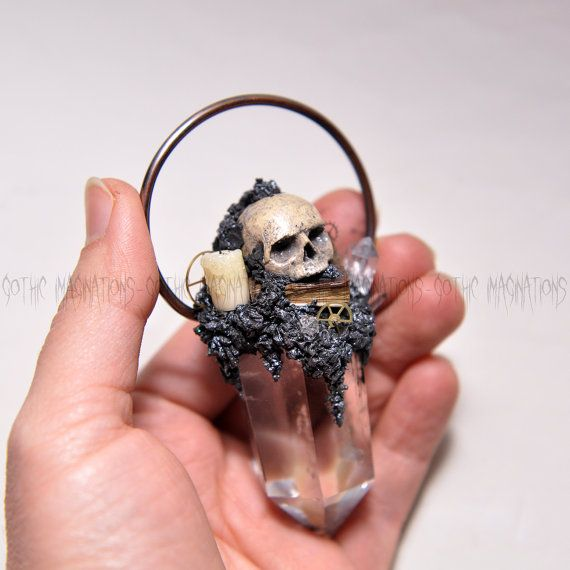 Steampunk Style Pendant Realistic Hand Sulpted Skull   #umaydesign #umaydesign#umay_design#handmade#pendant#necklace #clay#polymerclay#polymer  #skull#skulls#skullart#skulljewelry#skeleton #gothic#goth#gothgoth#gothgirl#gothjewelry #pastelgoth#witch#witchy#humanskull #tattoo   #crystal#crystals#quartz #art#artsy#handsculpted #steampunk #steampunkstyle #oldbook#vintagebook#candle