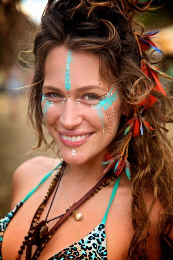 8. Tribal Face Paint - 34 Amazing Coachella Looks You Can Easily Copy…