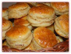 mamka varí : ŠKVARKOVÉ PAGÁČE - Bacon Biscuits (in Slovak)