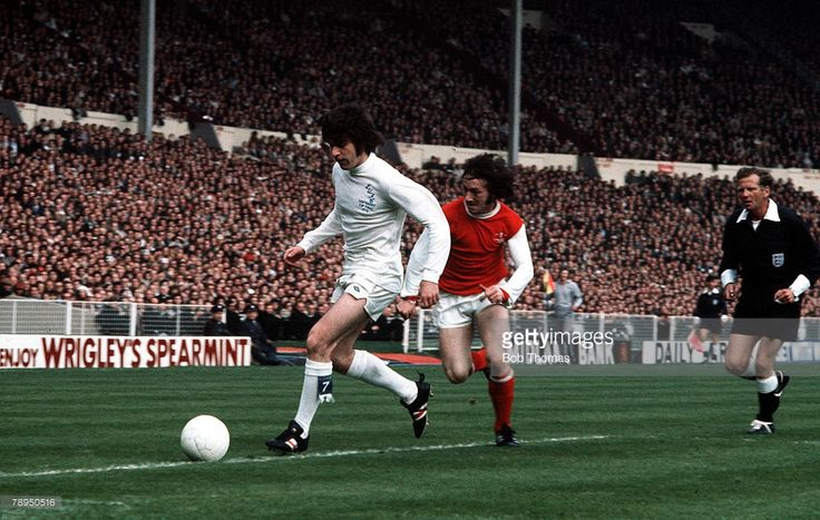 Cup Final 6th May 1972 Wembley London Leeds United 1 v Arsenal 0 Leeds United's Peter Lorimer is...