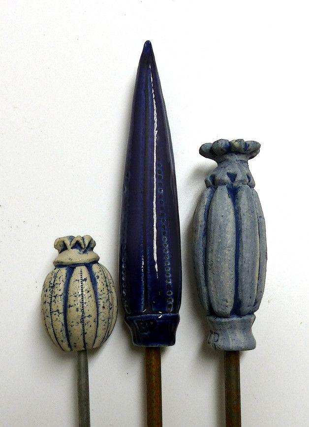 Pflanzen- & Gartenstecker - GARTENSCHMUCK Ensemble 5 in Blautönen - ein Designerstück von Brigitte_Peglow bei DaWanda