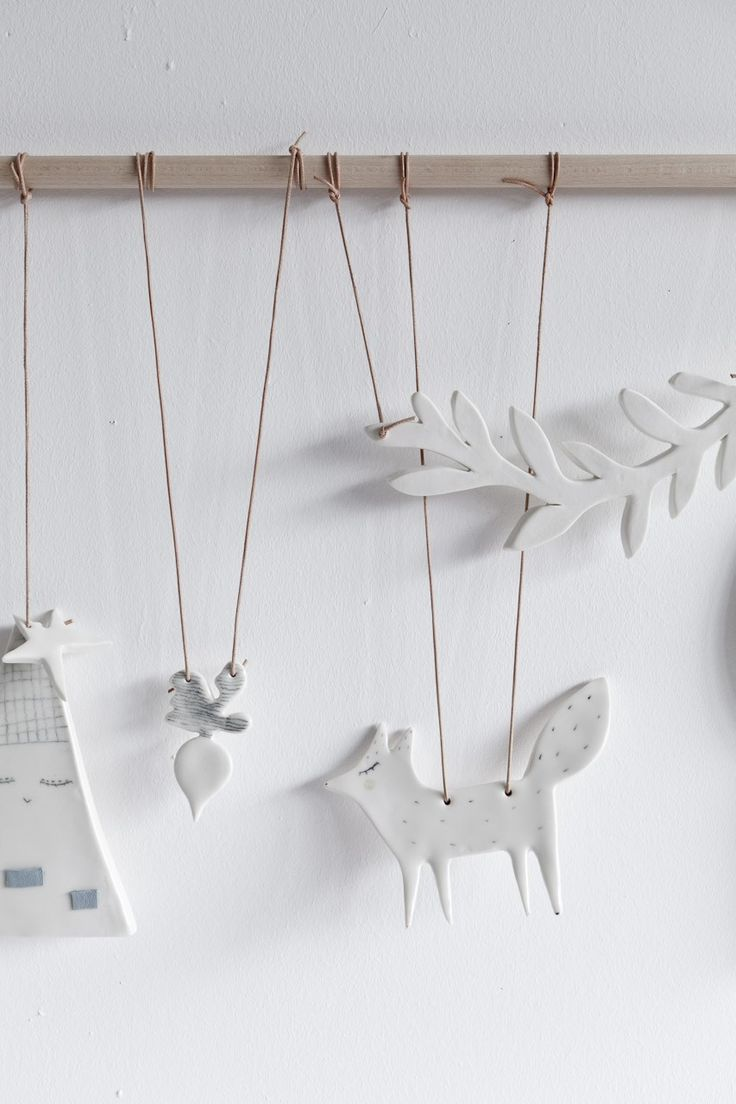 STUDIO OINK SELECTED - LOVELY MOBILE MADE OF PORCELAIN