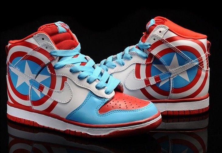 Zapatillas Capitán America.