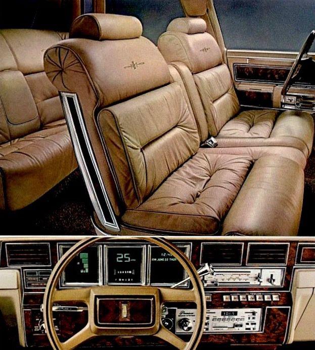 Car Interior: Lincoln Town Car, Lincoln Cars