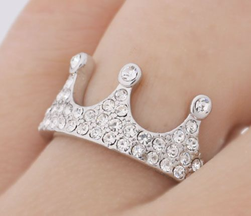 Princess crown ring! So me!!!