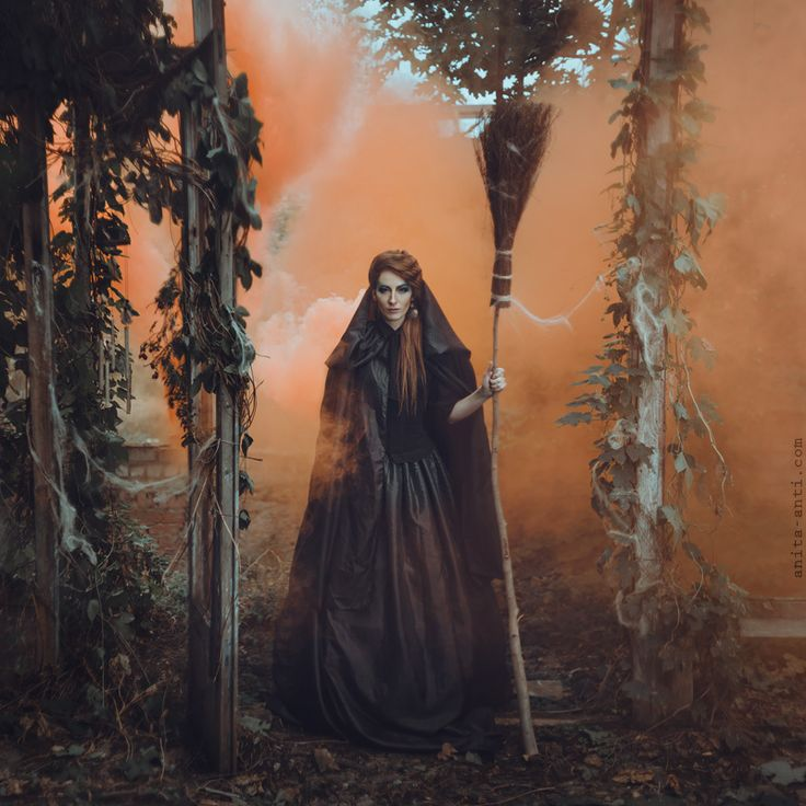 Wiccan Witchcraft Spells | ... Magic autumn Witch Make up Woods spells expressive fog spell wiccan