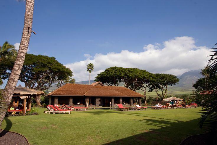 Aina Nalu Lahaina Vacation Condos | Maui Beachfront Rentals
