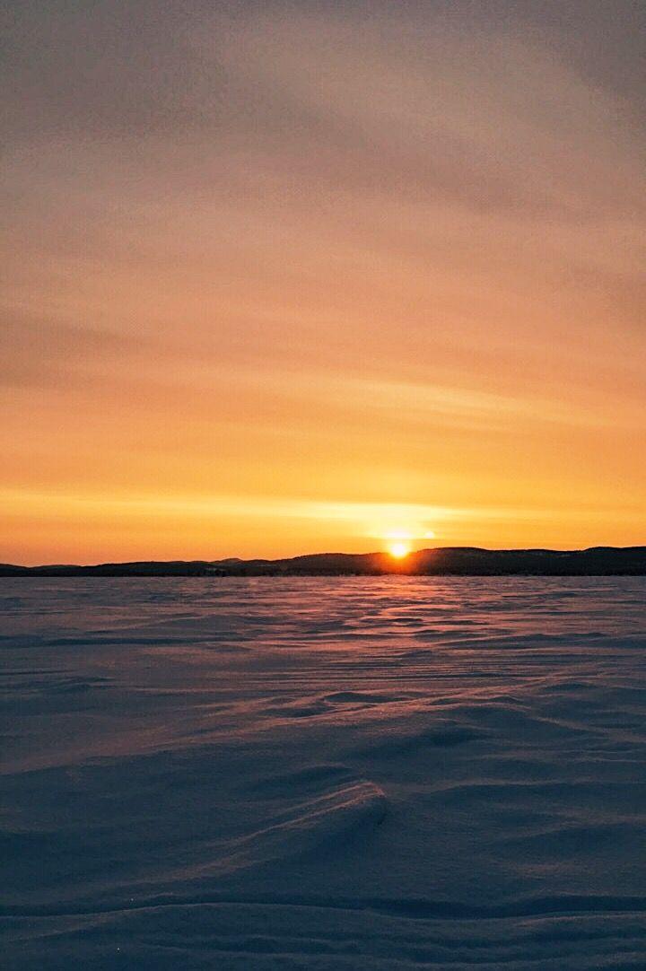 Sun at 12 in Lapland