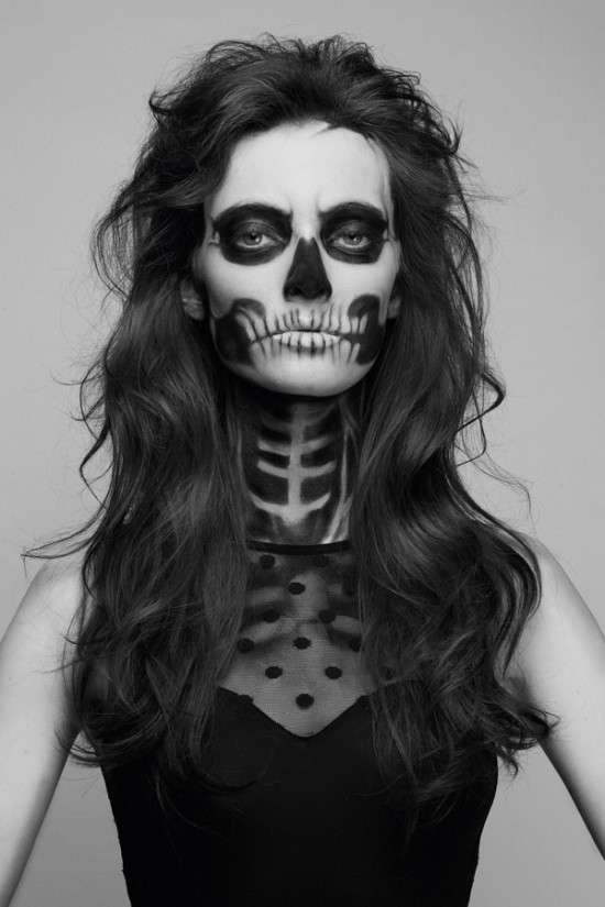 Sultry Skeletal-Faced Shoots : 'She Has Waited Too Long' Series by Pauline…