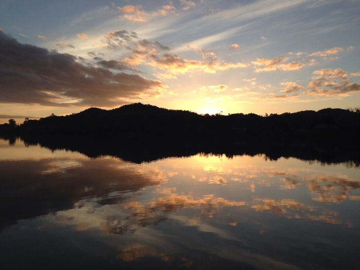 More sunsets over the Pondage in Eildon.