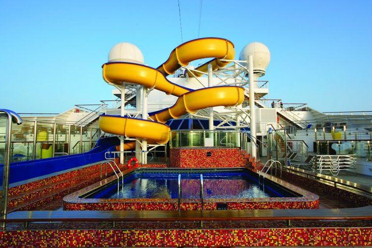 Costa Magica Zwembad