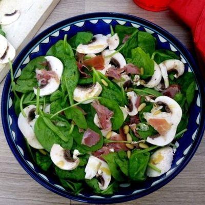 Salade épinards-champignons-jambon