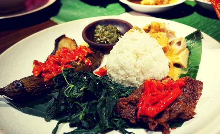 Nasi Padang - Most Famous Foods in Indonesia (West Sumatra)