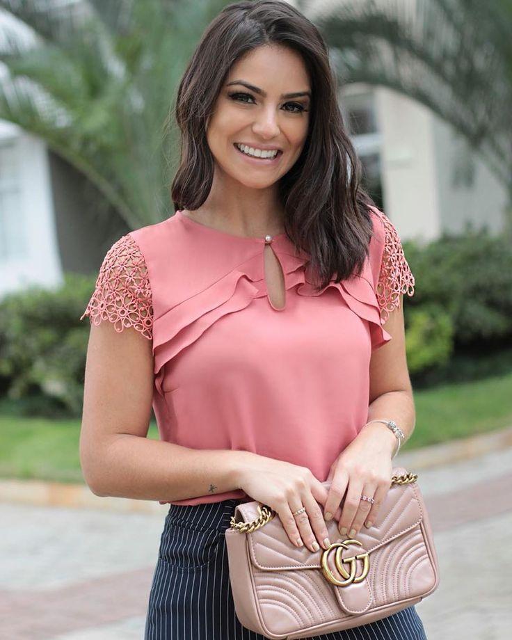 """632 curtidas, 20 comentários - MILALAI (@milalaioficial) no Instagram: """"NEW COLLECTION • Camy Baganha belíssima com nossa blusa linda! Amanhã nas lojas!#Milalai #style…"""""""