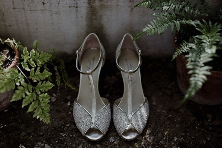The bridal shoes by Anniel | Greenhouse Wedding Inspiration in Florence, Italy.