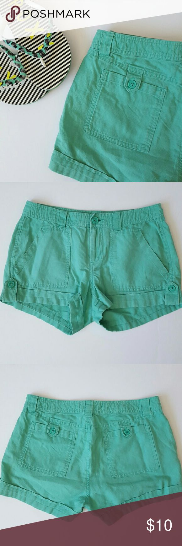 """Gap Mint Green Shorts Brand new listing! 3"""" inseam. Measures 10"""" from waist to hem in front. Good preloved condition. Gap Shorts"""
