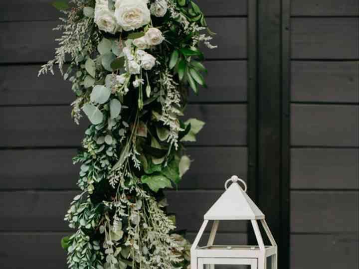 Kio Kreations Llc Reviews Naperville Il 192 Reviews Wedding Flowers Floral Arrangements Reception Rooms