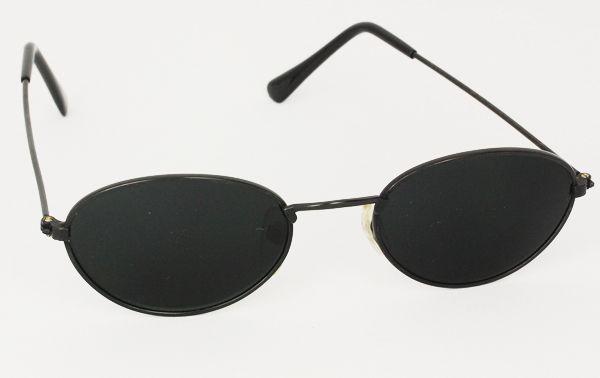Sort enkelt oval solbrille med mørkt glas | runde_solbriller