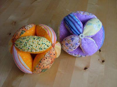 kleine STICHE: amish puzzel ball (Anleitung) http://kleine-stiche.blogspot.de/2010/03/amish-puzzel-ball-anleitung.html