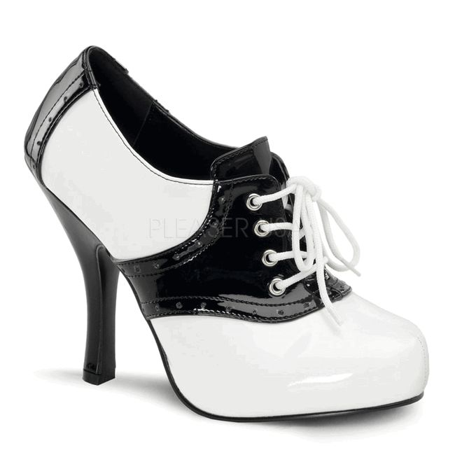 High Heel Saddle Shoes - so seriously cute!: Saddles Shoes, Oxfords Heels, Oxfords Saddles, Heels Saddles, Black White, Retro Shoes, Saddle Shoes, Two Tones, High Heels