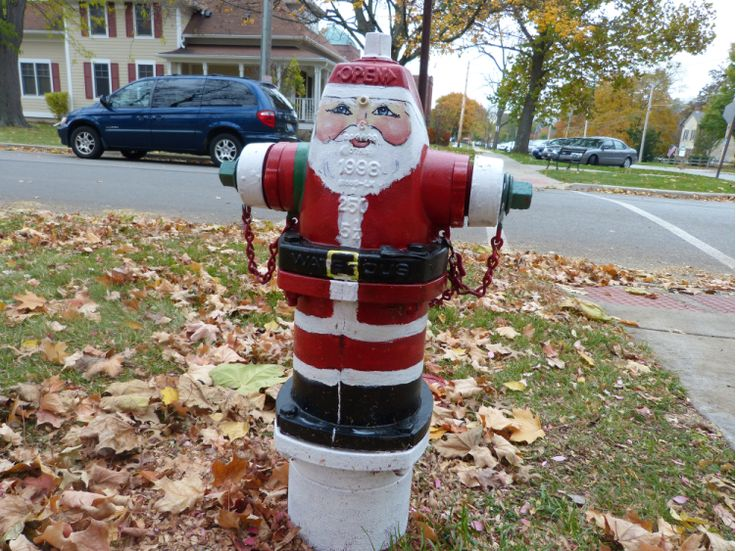 319 best Fire Hydrants images on Pinterest | Street art graffiti ...
