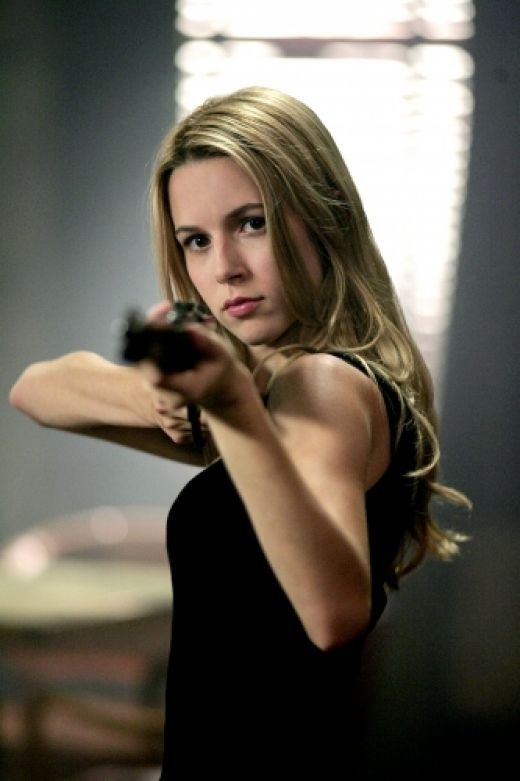 Alona Tal as Jo... Isn't she a beauty!!!