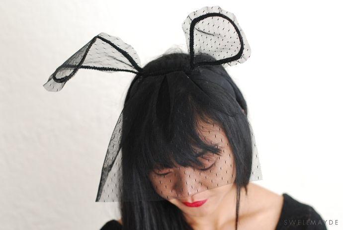 Кролик с вуалью на Хеллоуин