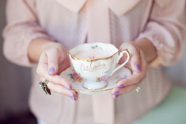 DIY candles in pretty vintage tea cups: Teacupcandles, Vintage Teacups, Wedding, Teas, Tea Cups, Craft Ideas, Diy, Teacup Candles