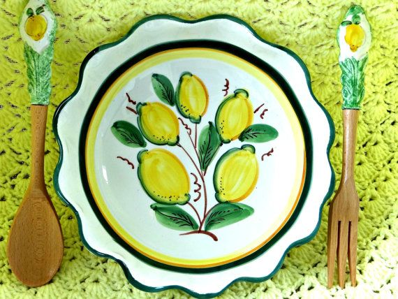 Vintage Serving Bowl With Lemons and by TimelessTreasuresbyM, $34.00