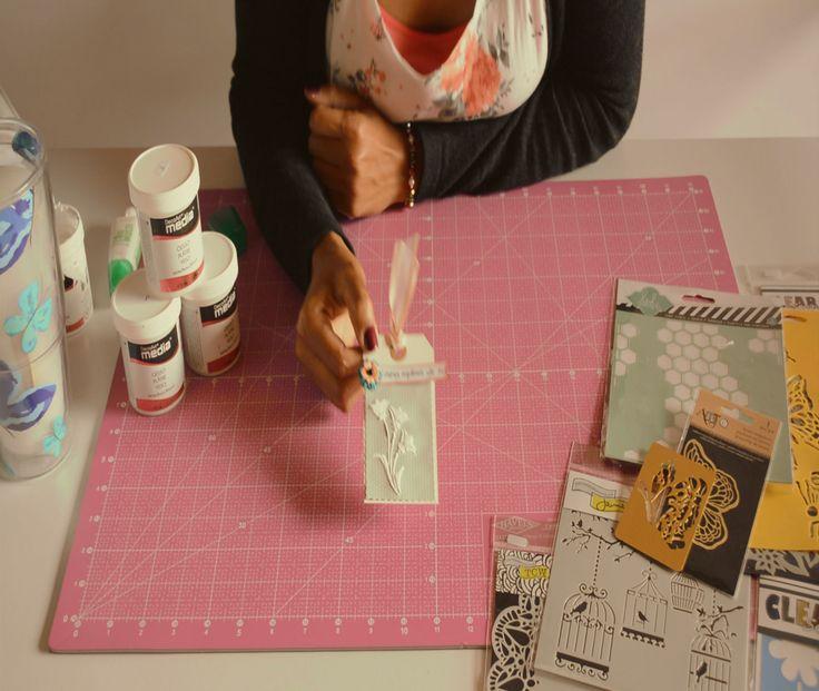 """Descubre en nuestro canal de YouTube el Tutorial de Stencil Y Gesso. Disfruta, aprende y nunca olvides que """"Lo que sé no tiene sentido si no logro que tu lo sepas"""". #Scrap #Scrapbook #ScrapYcafé #crafts #Tutorial https://www.youtube.com/watch?v=qTsnQzkf7SA"""
