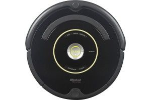 iRobot - Roomba 650 Vacuum Cleaning Robot - Black - Larger Front