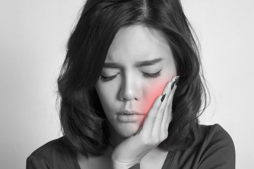 Home Guide to Tooth Pain: When to Call Your Dentist