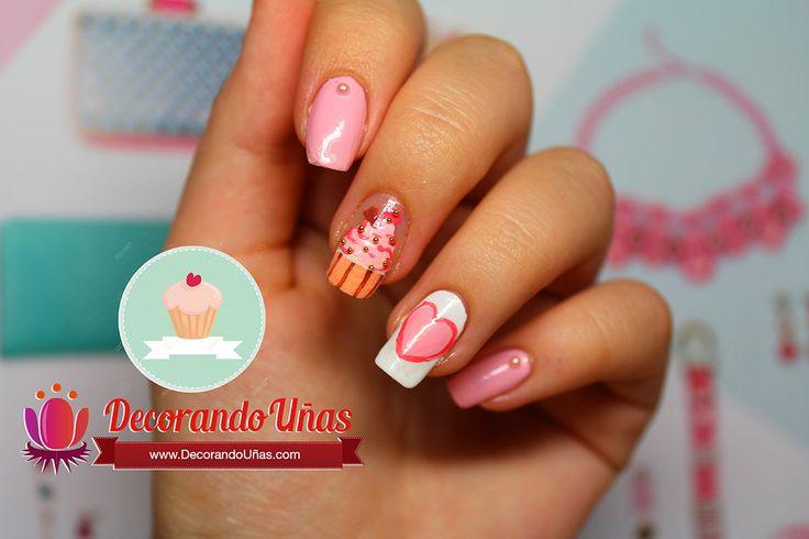 Uñas decoradas con cupcake paso a paso - http://xn--decorandouas-jhb.com/unas-decoradas-con-cupcake-paso-a-paso/