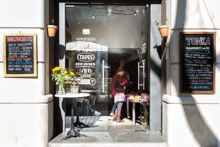 Entrada del restaurante Tonka. Fotografia de espacio: Kinoki studio