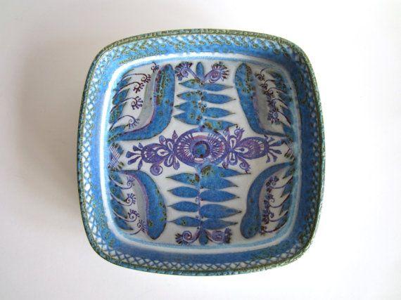 Scandinavian Danish Modern Bowl, Marianne Johnson for Aluminia (Royal Copenhagen) Denmark, $58.00
