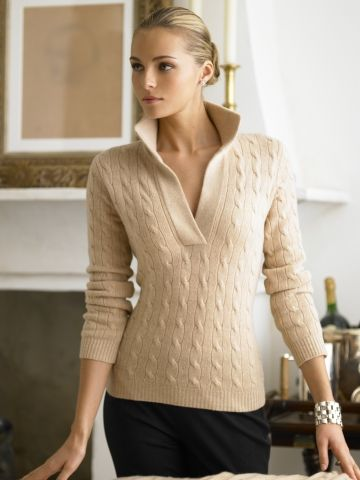 This sweater just screams elegance. You go Ralph Lauren.                                                                                                                                                      Más