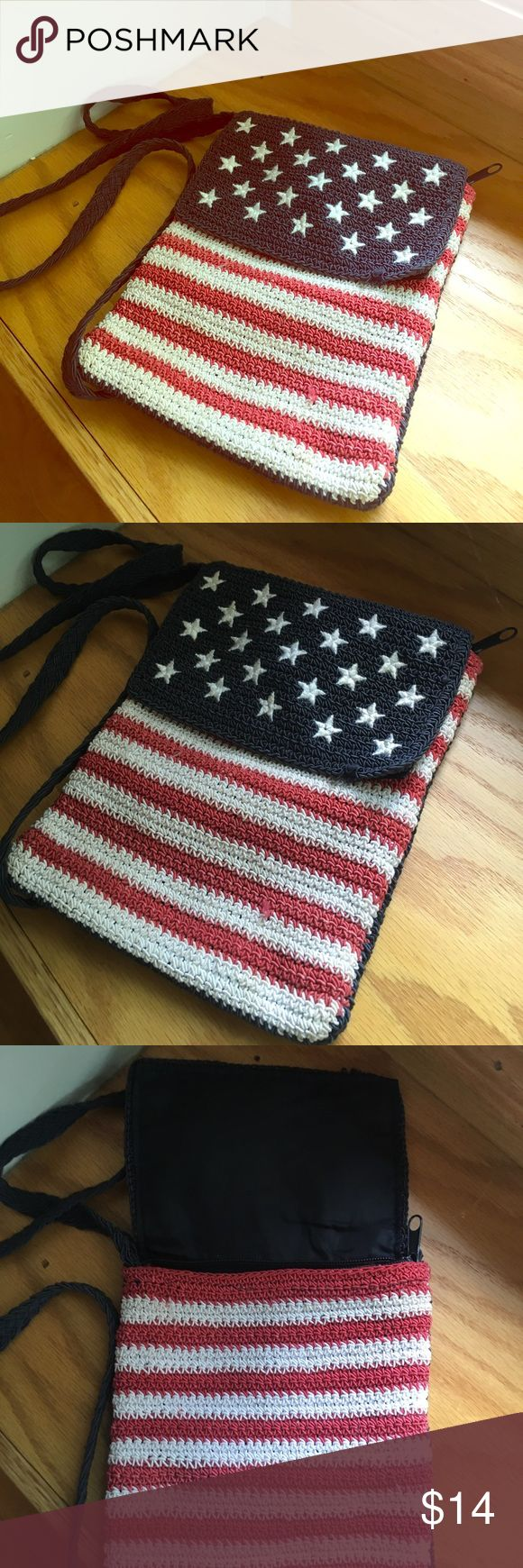 Small American Flag Shoulder Purse Small American Flag Shoulder Purse. Zippered with Pocket inside. Good condition. Comment for more details or photos :) Bags Crossbody Bags