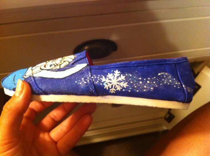 Frozen shoes hand painted by Michelle Kim.