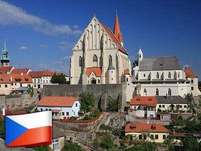 Skvelý 3-dňový pobyt pre 2 osoby v Znojmě s ochutnávkou vín len za 88 €.