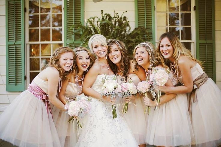 Bridal dance lessons are a fabulous way to get your bridesmaids having fun and ready for wedding day. www.chasedance.com.au