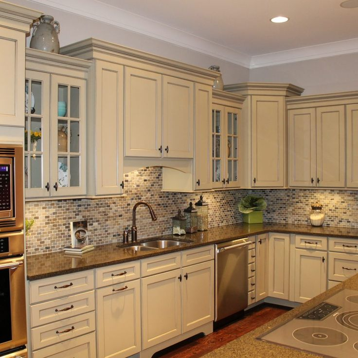 neutral kitchen cabinet colors the 25 best beige kitchen cabinets ideas on 23723