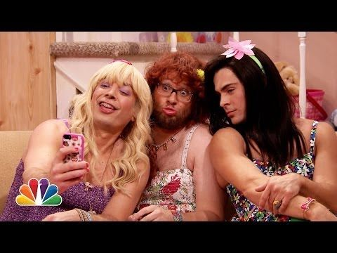 This is absolutely fantastic: Zac Efron And Seth Rogen Turn Into Teenage Girls With Jimmy Fallon