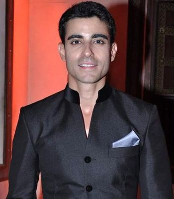 Popular host Gautam Rode says acting is his first love! - http://www.bolegaindia.com/gossips/Popular_host_Gautam_Rode_says_acting_is_his_first_love-gid-36545-gc-16.html