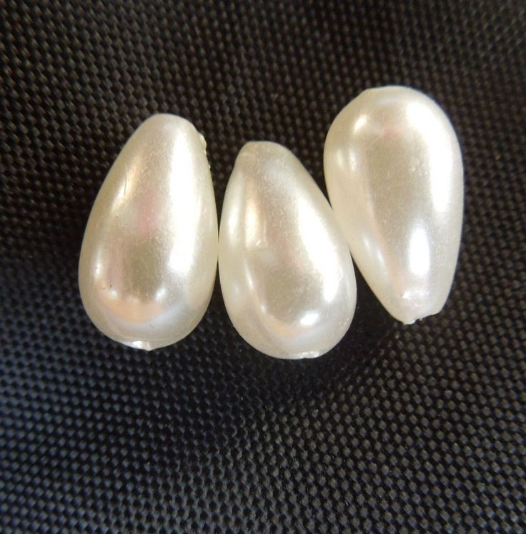 30 x Acrylic White Teardrop Jewellery Making Pearl Loose Beads Size 12 x 7 (mm)