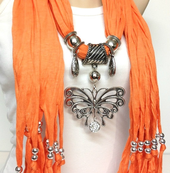 Orange Jewelry Scarf  Love everything about this...