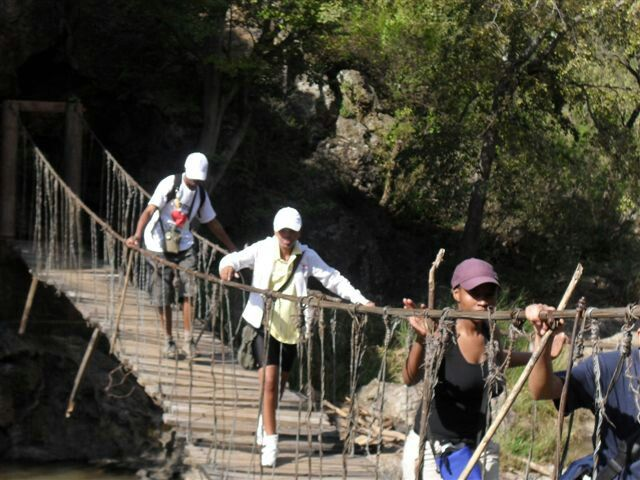 Good morning friends  This morning we will be hiking HENNOPS HIKING TRAIL ( 11km), the highlight for me is the suspension bridge and the cabke car and the hospital used in the Anglo Boer War We starting now at 7:00am #MasupatselaAdventureTourism  Www.masupatsela-adventures.weebly.com