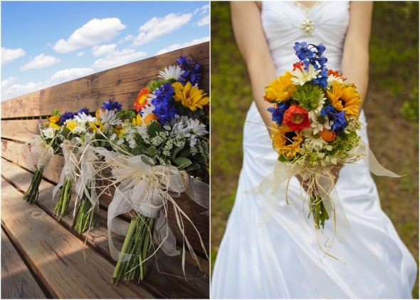 Bouquets for an outdoor wedding