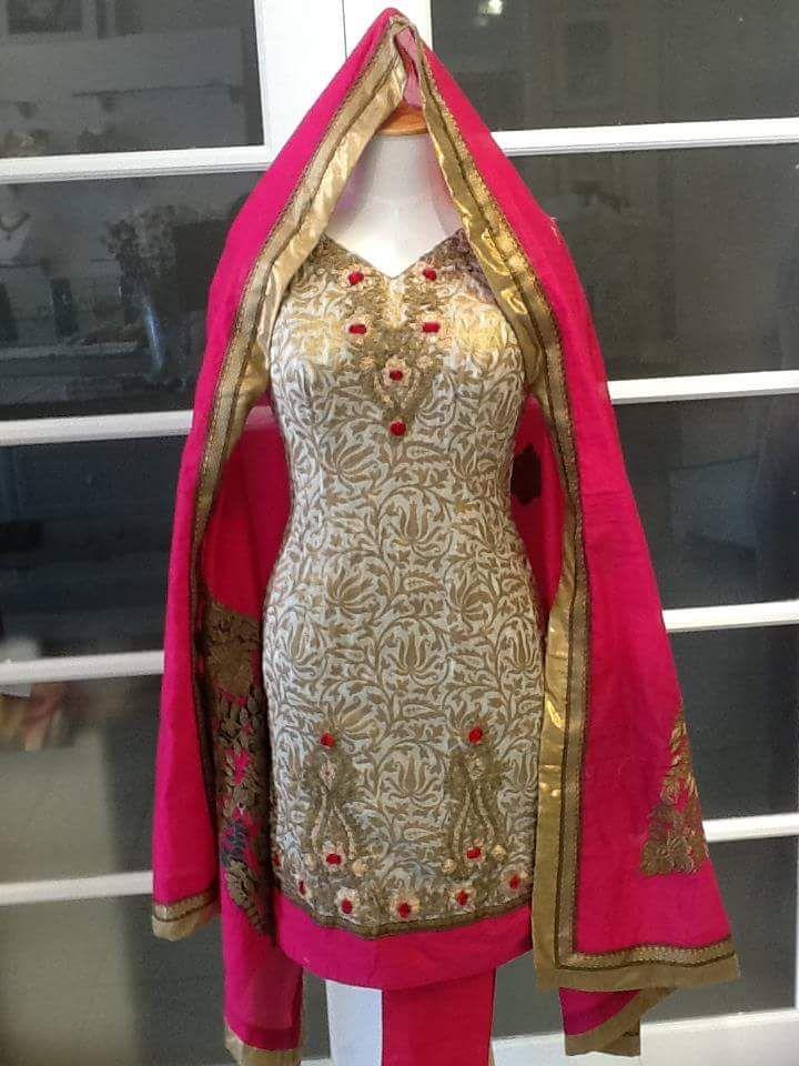 #StylishSalwarSuit #SalwarSuitOnline #DesignerSalwarSuitOnSale #LatestSalwarSuitIndia Maharani Designer Boutique www.maharanidesigner.com For any more information contact on WhatsApp or call 8699101094