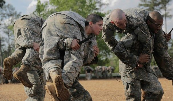 How did these two women become the first to complete Army Ranger School? - The Washington Post