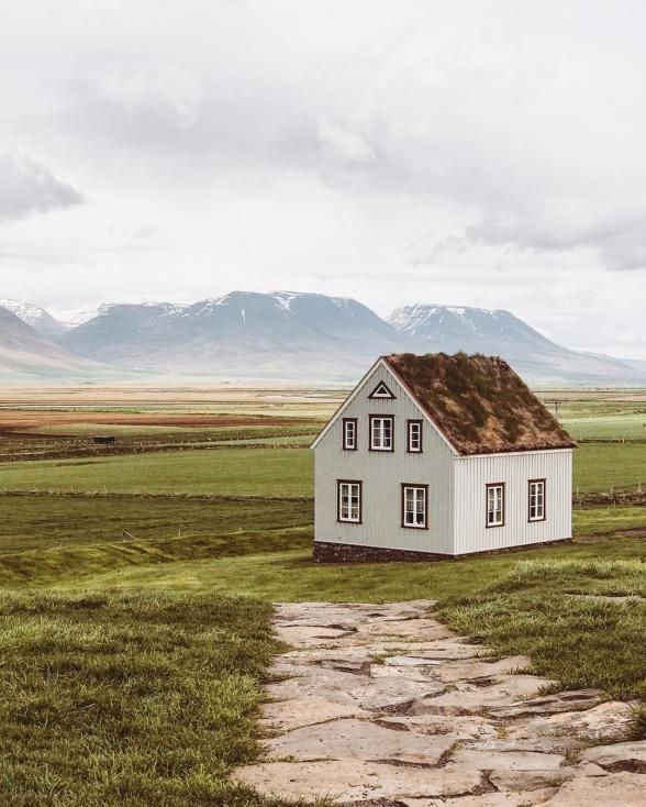 The Ultimate Guide to 28 Must-See Places in Iceland | Experience: Glaumbær Museum